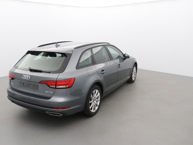 AUDI A4 AVANT 40 TDI 190CH DESIGN STRONIC 7 : 55948 - Photo 2