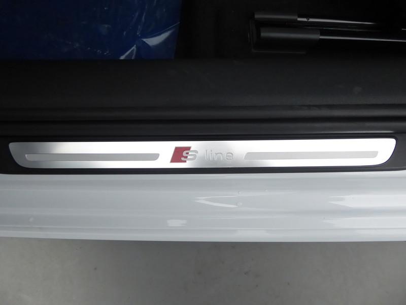 AUDI A1 SPORTBACK 30 TFSI 110CH S LINE : 58158 - Photo 10